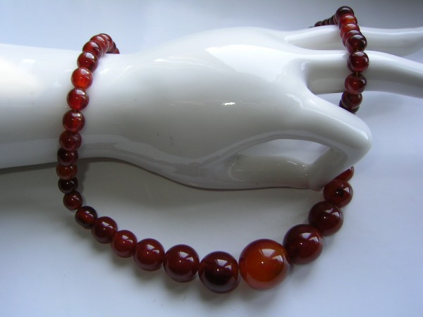 ART DECO Halskette-Collier-Cherry Bakelit