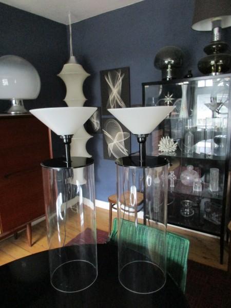 Zwei VINTAGE Tischlampen-MEMPHIS DESIGN